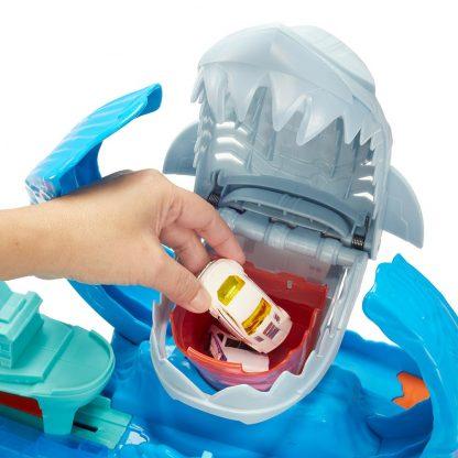 Игровой набор Hot Wheels Измени цвет Голодная акула-робот